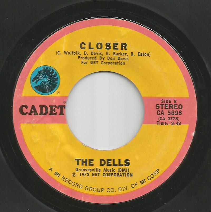 Dells - Closer / Give Your Baby A Standing Ovation